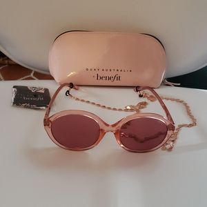 "QUAY ""Tinted Love"" sunglasses"